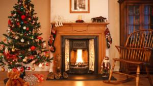 Kamin weihnachtlich dekorieren